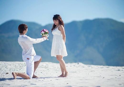 Bộ ảnh cưới lãng mạn trên cung phượt.