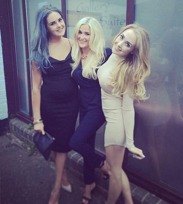 3 cô gái nhận quà hàng tỉ đồng nhờ chụp ảnh tự sướng