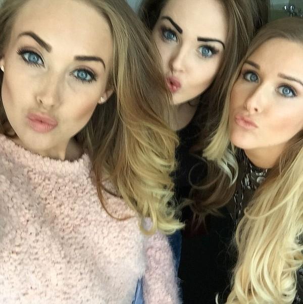 Ba chị em được báo chí nước Anh khen ngợi là những nghệ sĩ chân chính. (Ảnh: Internet)