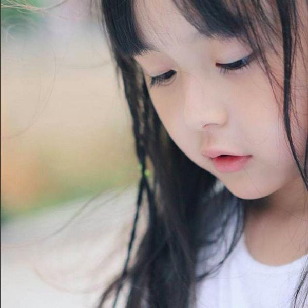 Mê mẩn vẻ-đẹp-thiên-thần của cô bé có phong cách thời trang chất lừ