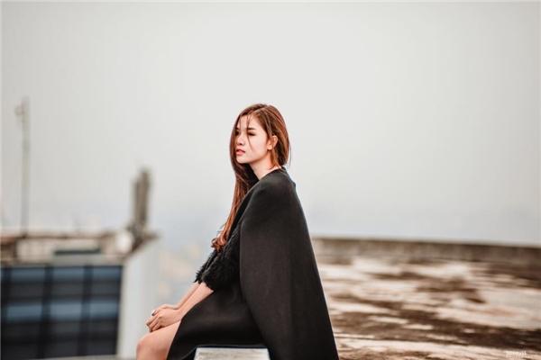 """Kỳ Hân là một người mẫu có tiếng tại Sài Thành khi sởhữu nét đẹp nhẹ nhàng, trong sáng khiến """"vạn người mê""""."""
