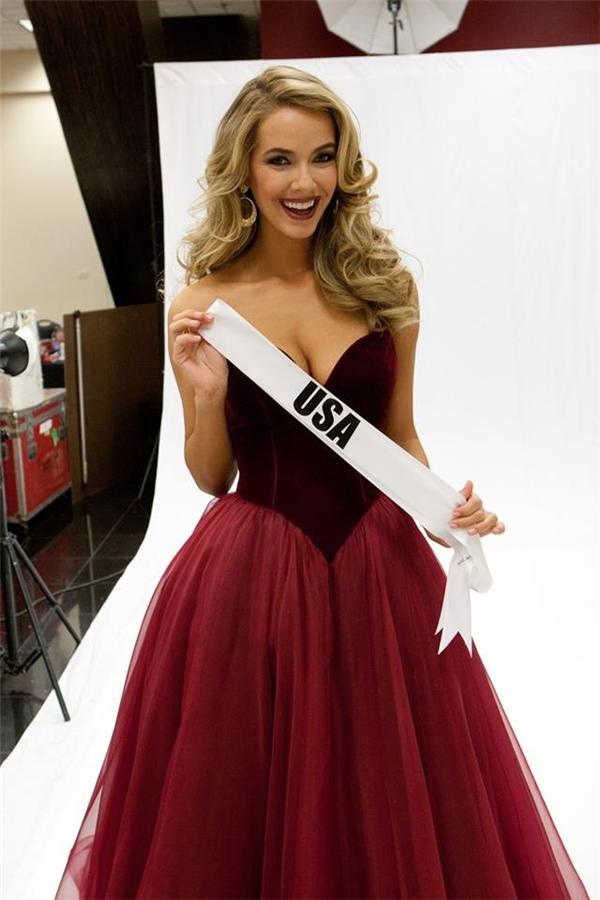 Mặc dù đã 27 tuổi nhưng Hoa hậu Mỹ hứa hẹn sẽ làm nên chuyện tại cuộc thi năm nay với lợi thế sân nhà cùng những tiêu chí về hình thể, kĩ năng phù hợp.