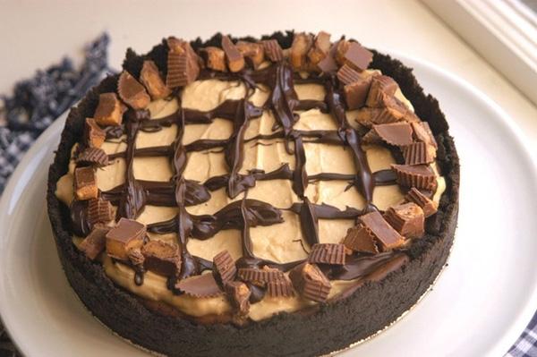 Bánh phô mai bơ lạc: Hương vị béo ngậy của phô mai, thơm ngon của bơ lạc và ngọt ngào của chocolate sẽ khiến bạn không kìm lòng. Ảnh: Bashfulbao.