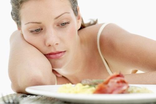 Lười ăn sáng là nguyên nhân khiến cơ thể đói, mệt mỏi và ăn nhiều vào buổi trưa, bữa tối, khiến bạn tăng cân nhanh chóng. Ảnh minh họa.
