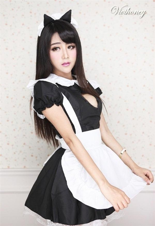 Tiểu Vi đã theo học lên học thạc sĩ tại một ngôi trường đại học danh tiếng tại Trung Quốc và lấy được tấm bằng danh giá này.