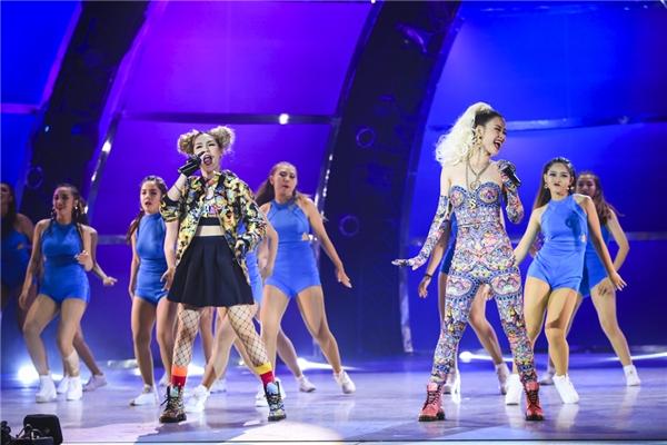Màn trình diễn còn có sự góp mặt Rapper MEI – thành viên của nhóm nhạc nữ Lip B. - Tin sao Viet - Tin tuc sao Viet - Scandal sao Viet - Tin tuc cua Sao - Tin cua Sao