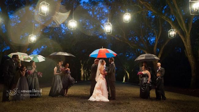 Lãng mạn với bộ ảnh cưới trong mưa tuyệt đẹp!