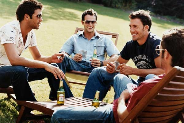 4 điều lưu ý khi đàn ông chơi thân với 1 chàng Gay