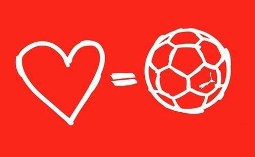 Anh cứ yên tâm! Em sẽ xem World Cup cùng anh