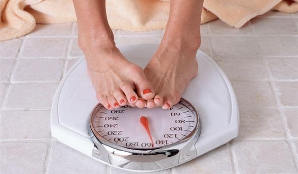 10 cách giảm cân phản khoa học!