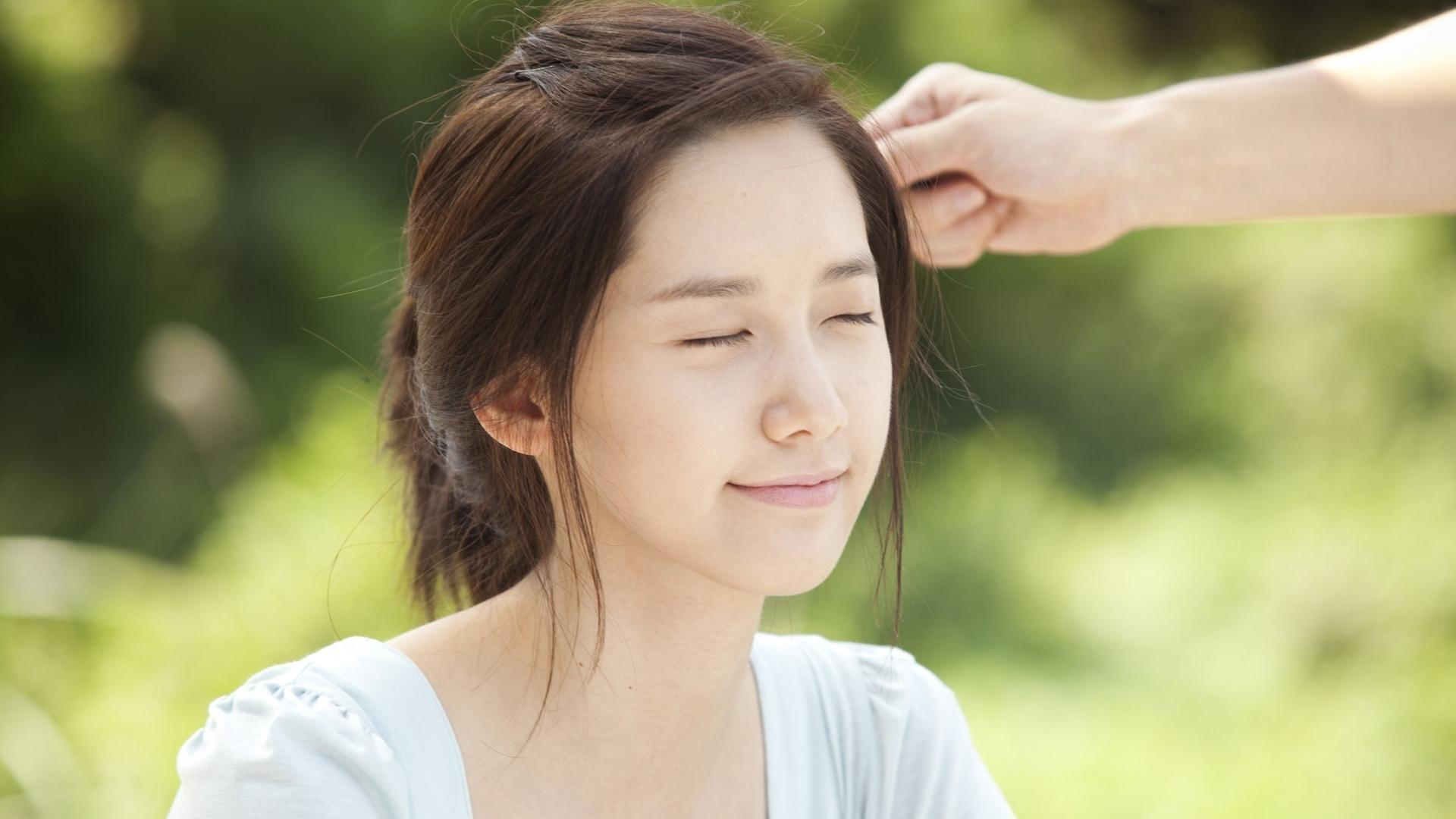 9 lợi ích bất ngờ của việc không trang điểm