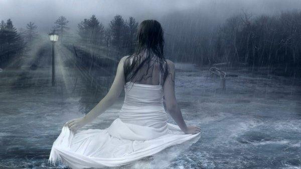 Tâm sự: Chị ấy là nắng, em là mưa...