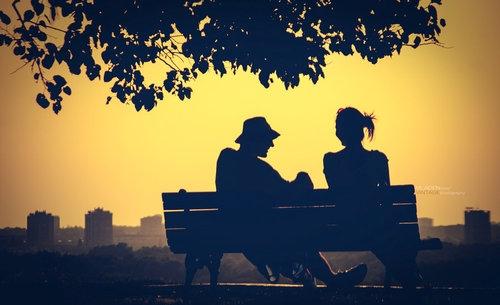 Ghép những mảnh vỡ của yêu thương