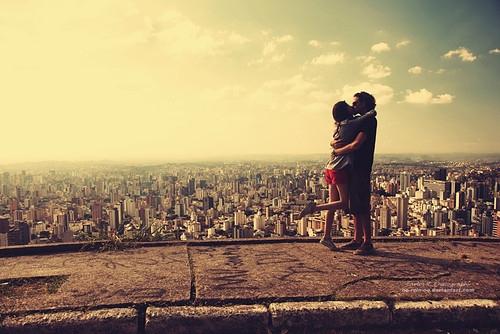 Nếu có người thật lòng yêu thương bạn, hãy trân trọng !