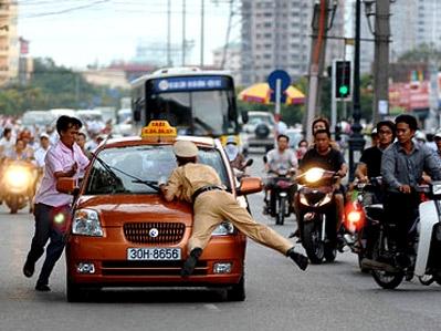 Nền giao thông hoang dã ở Việt Nam