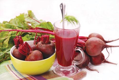 10 Lợi ích tuyệt vời cho sức khỏe từ nước ép củ cải đường