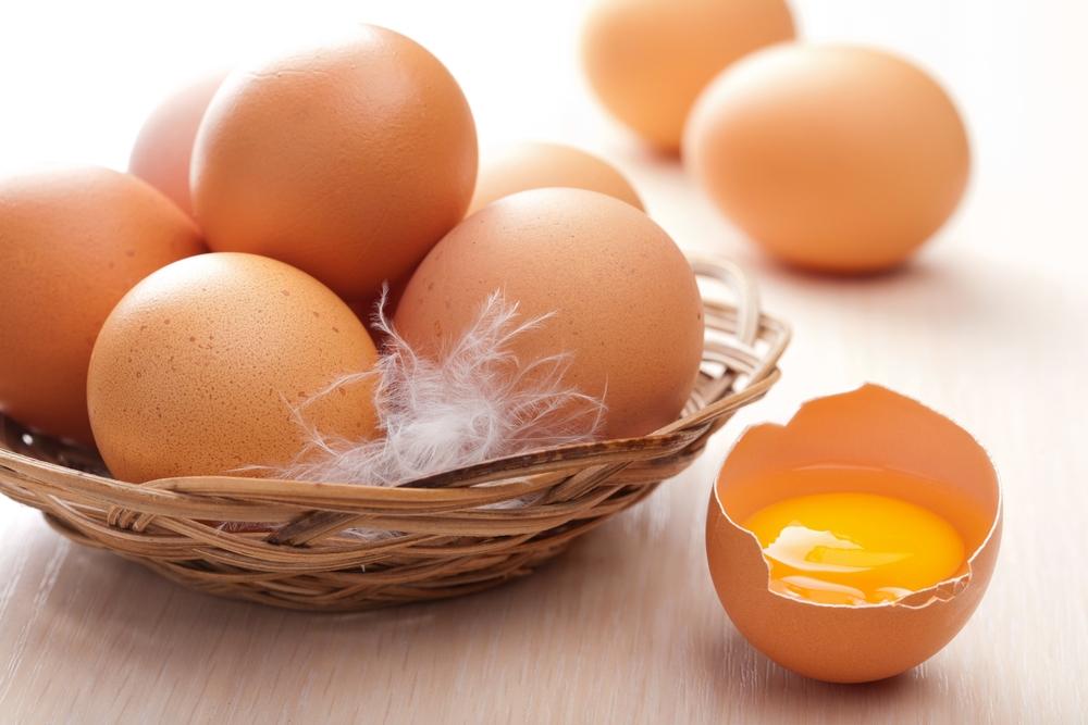 Phụ nữ ngoài 30, nên có sẵn trứng gà trong nhà