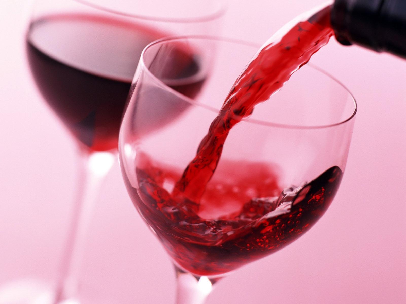5 cách dưỡng da đẹp hiệu quả với rượu vang