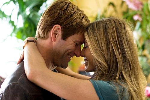 """6 dấu hiệu cho thấy bạn đang yêu quá """"nông nổi"""""""