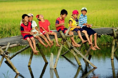 Tuổi thơ là hòi ức đẹp đẻ nhát của chúng ta...