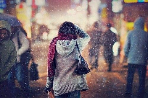 Hà Nội, những ngày gió mùa về, khi đông chuẩn bị đến.