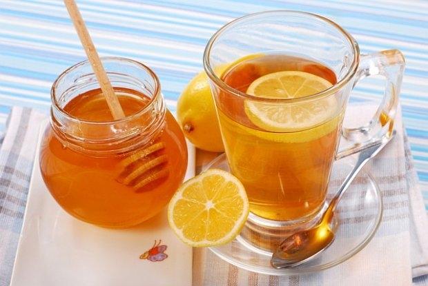6 lý do bạn nên uống nước chanh với mật ong vào buổi sáng