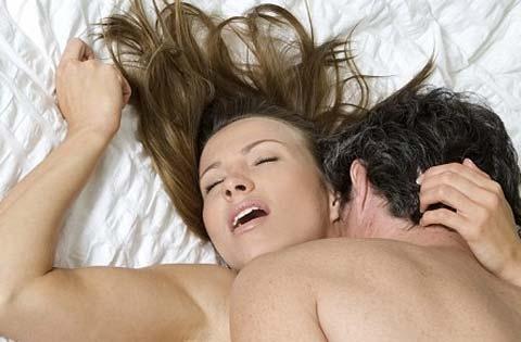 7 Biểu hiện lạ của phụ nữ khi lên đỉnh - quý ông cần biết tránh