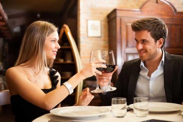 """10 Sự khác biệt khi """"cưa gái"""" giữa đàn ông độc thân và đàn ông đã có vợ"""