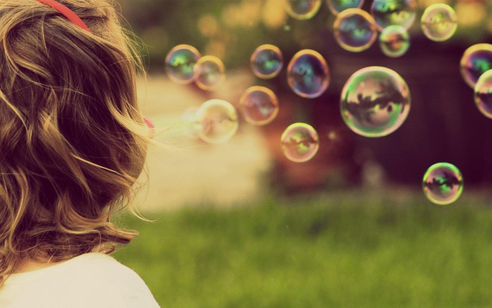 Chúng ta chỉ cần sống hạnh phúc mỗi ngày