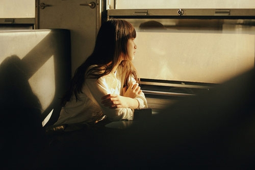 [Truyện ngắn] Cô gái thấy ma (Chương 2)