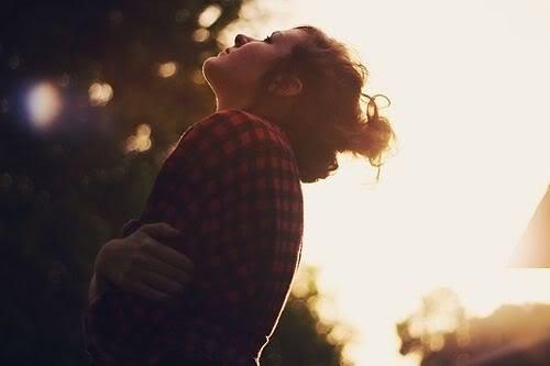 Hãy nhớ, em là để yêu!