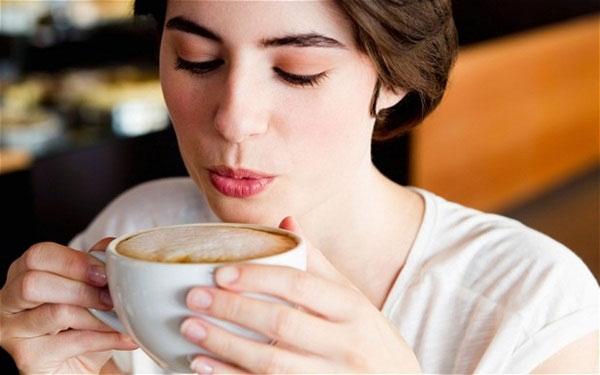 6 thói quen uống làm bạn tăng cân