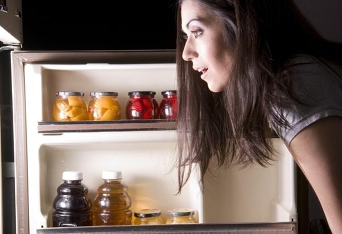 7  loại thực phẩm có hại nhất khi ăn vào ban đêm