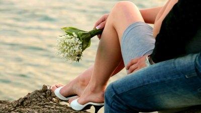 6 hành động cực lãng mạn mà bạn thích làm khi đang yêu