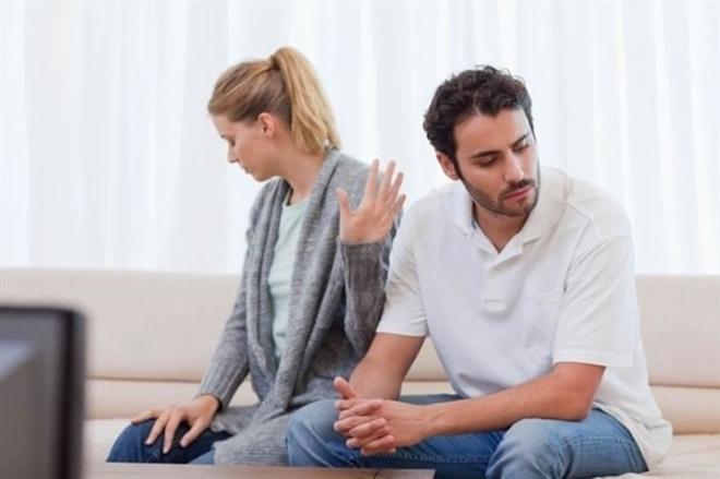 6 cách ứng xử thông minh khi bạn và cô ấy… chiến tranh lạnh