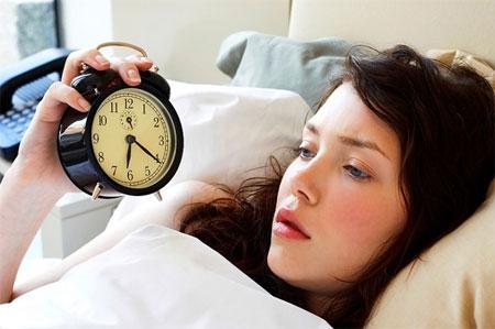 4 việc đừng bao giờ nên làm trên giường ngủ