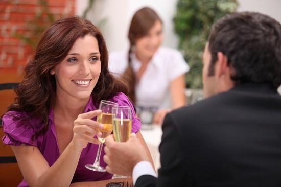 6 điều con gái hay đánh giá nhất trong lần hẹn đầu