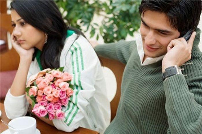 Những dấu hiệu chắc chắn chàng không muốn kết hôn