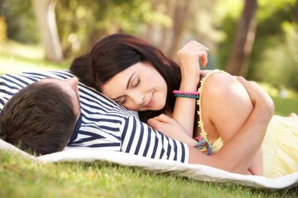 9 điều con gái nên dành cho con trai khi yêu