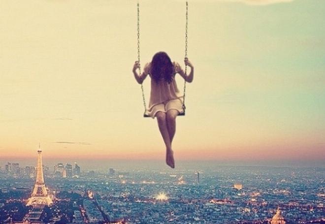 Khi không còn yêu nữa, những yêu thương cũng hóa thừa...