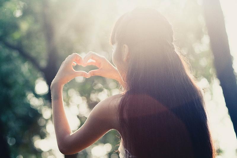 Lý do 12 cung hoàng đạo không muốn công khai tình yêu