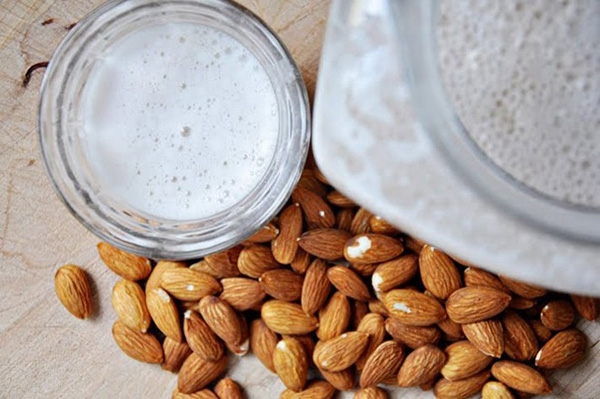 7 cách làm đẹp nhanh và hiệu quả từ sữa cho phái nữ