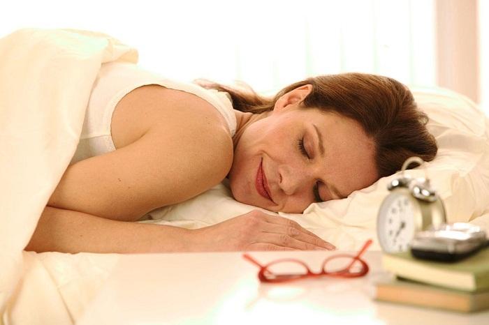 Những động tác nên làm khi ngủ dậy để giảm nguy cơ mắc bệnh