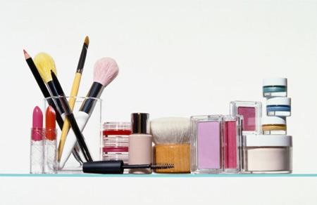 17 đồ dùng độc hại trong đời sống bạn nên cảnh giác