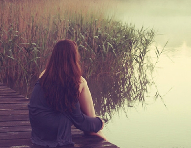 Phận đàn bà chỉ biết tin, yêu và chờ đợi một đời
