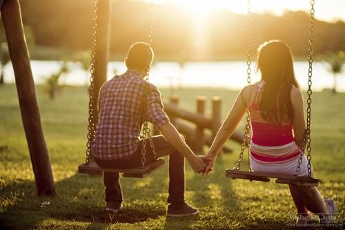 """Tình yêu thời nay hay là sự biến tướng của """"môn đăng hộ đối""""?"""