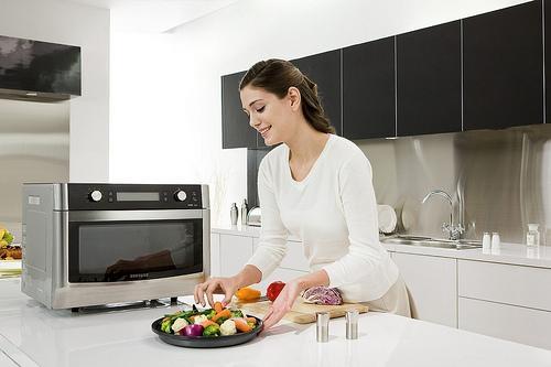 3 sai lầm trong ăn uống khiến bạn tăng cân vù vù
