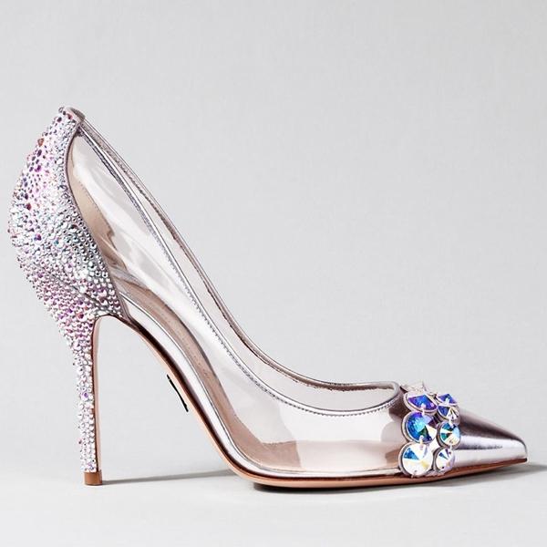 10 thiết kế sang chảnh từ hình ảnh giày Lọ Lem