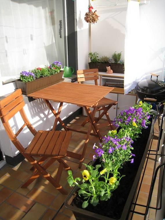 Những mẫu thiết kế ban công thư giãn với hoa và cây xanh