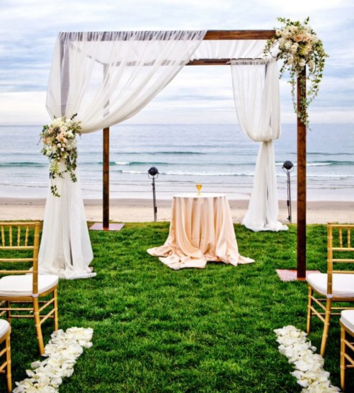 Mẹo hay khi tổ chức lễ cưới tại bãi biển